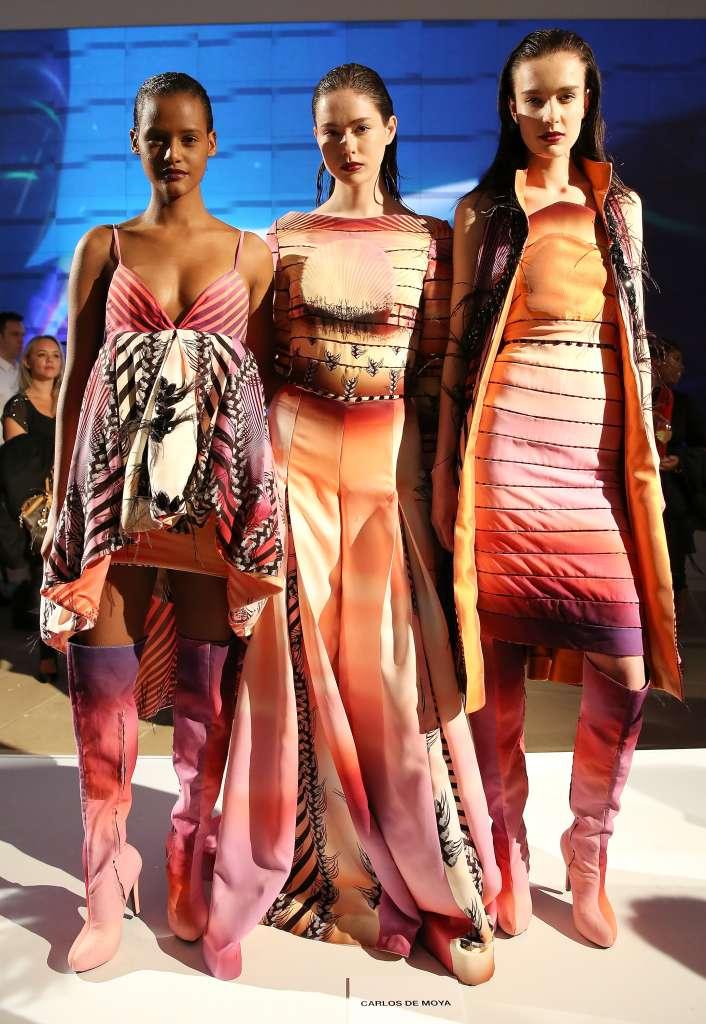 Modelos con  diseños de Carlos De Moya en la Epson Digital Couture (Monica Schipper/Getty Images)