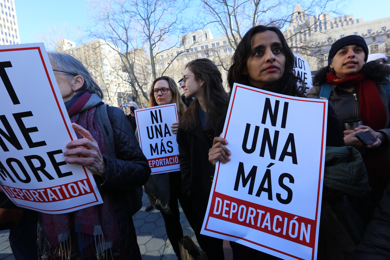 Rally para la Solidaridad en contra a la deportacion de inmigrantes en frente del 26 de Federal Plaza, Manhattan.