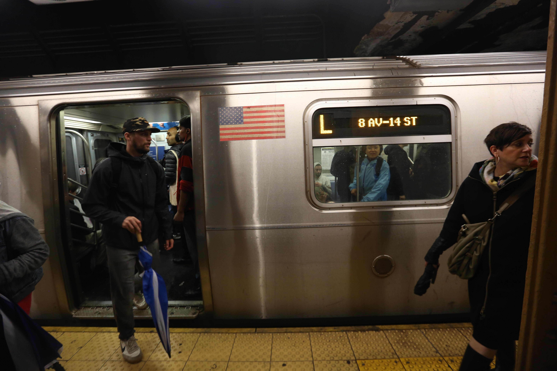 Tren L estara suspendido durante el fin de semana.