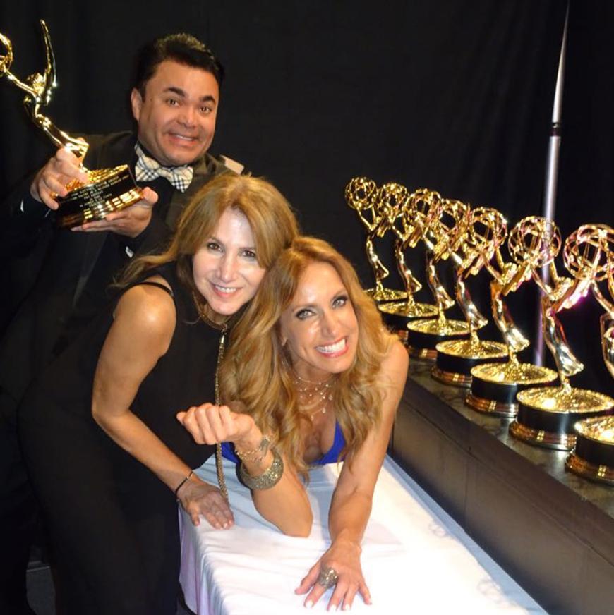 Lili junto a su jefa Mariela Cardona y Oscar Petit
