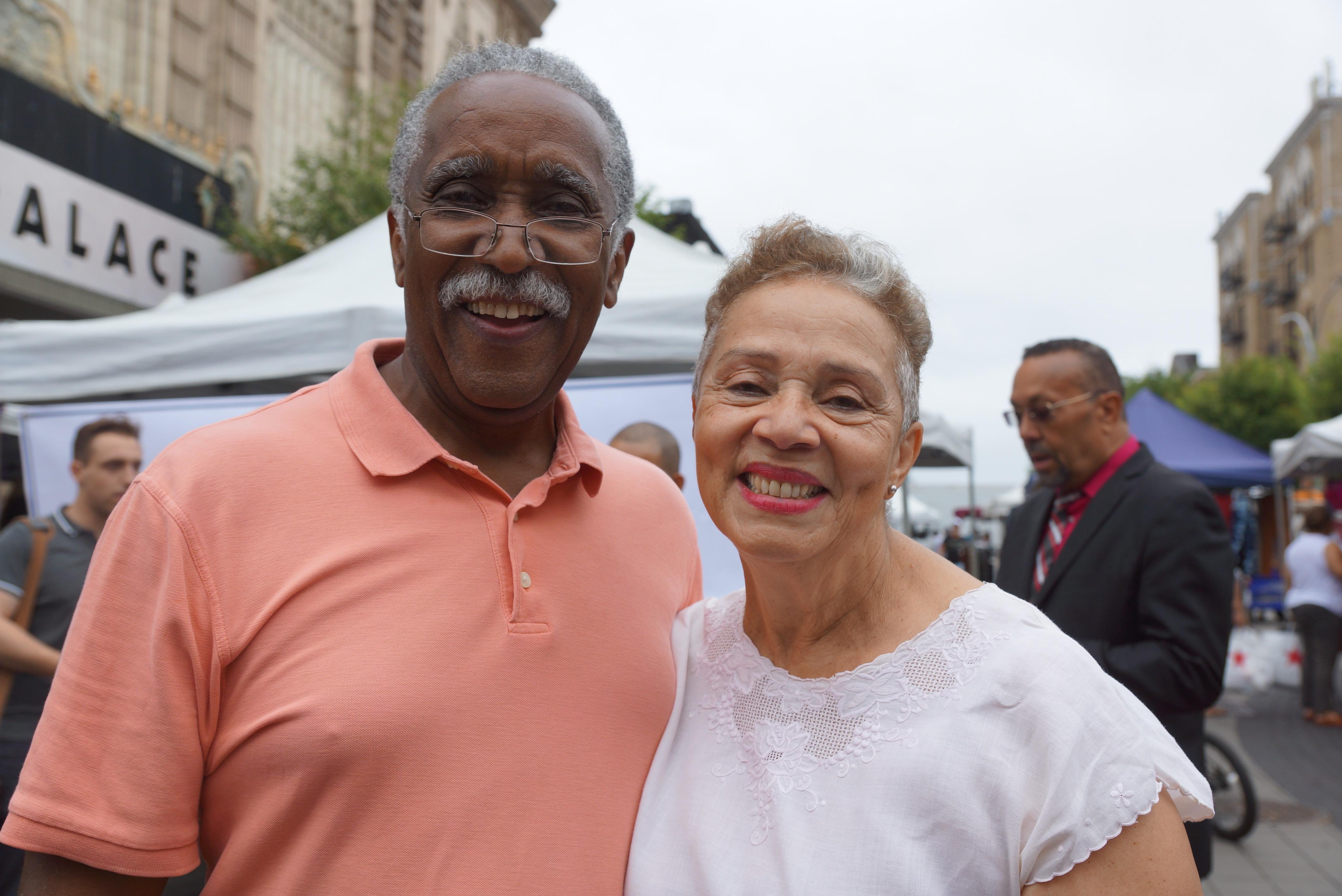 Manuel Acevedo, médico aposentado del el Hospital de El Bronx, y su esposa Mari Lu Galván, profesora, viven en Washington Heights.