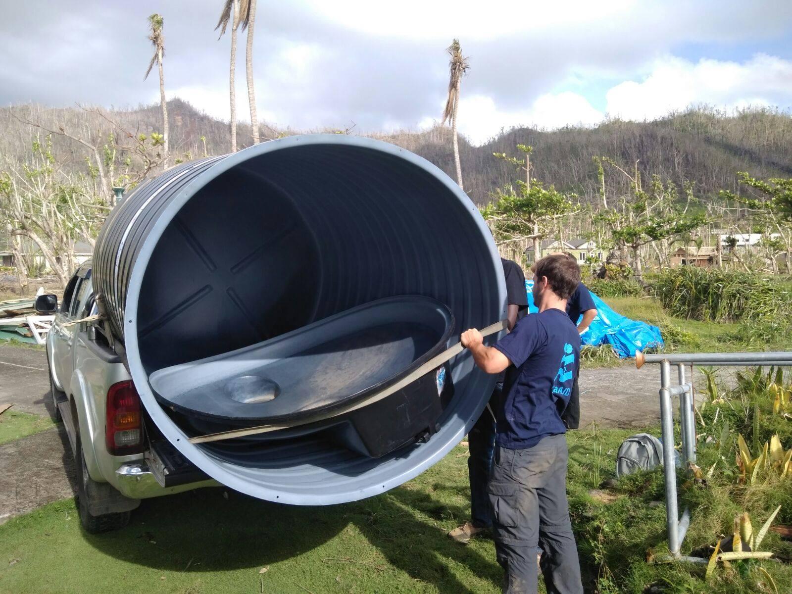 anques de agua instalado en PR por IsraAID tras huracán María.