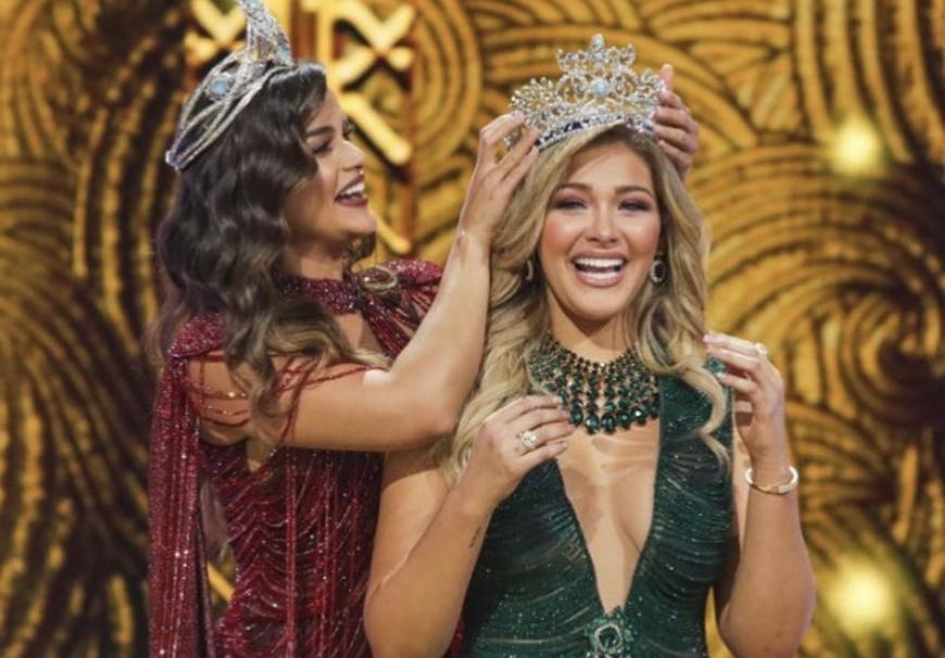 Migbelis coronada por Clarissa Molina
