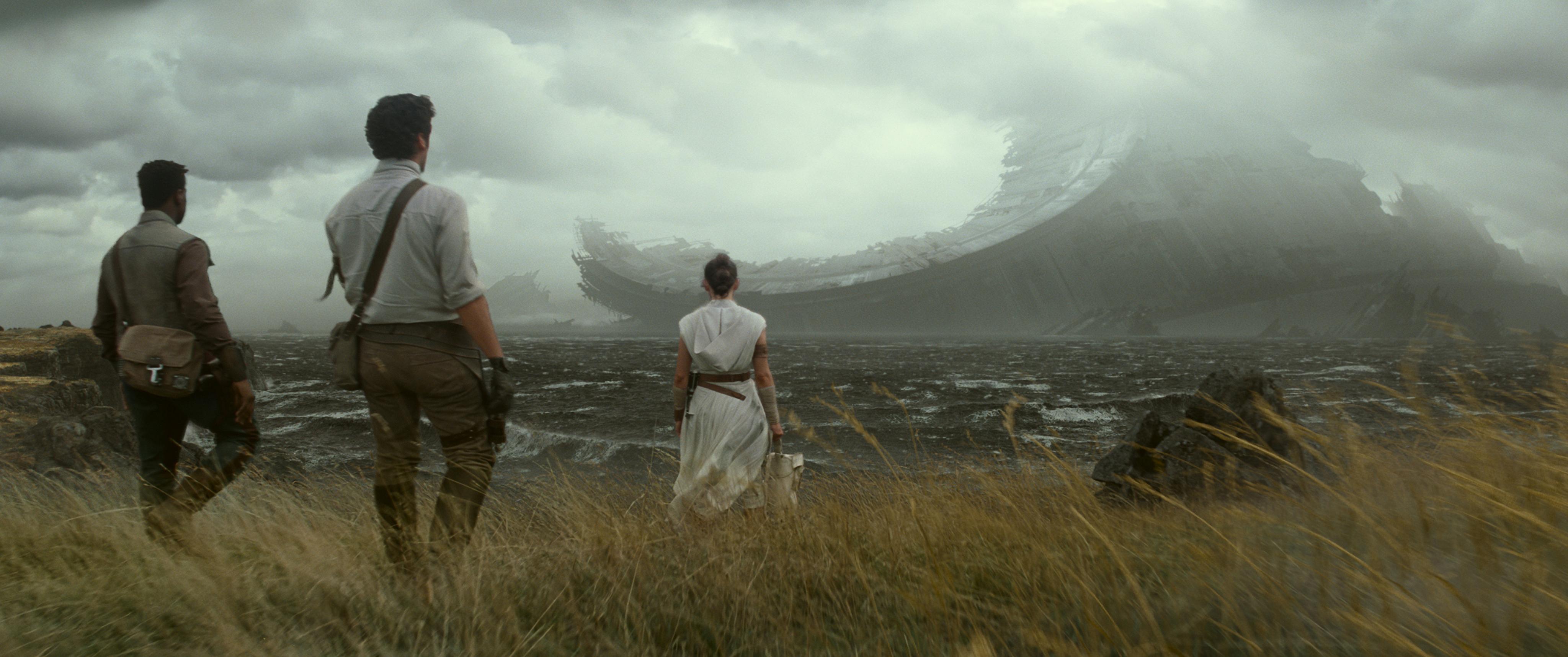 The Rise of Skywalker pone fin a la saga y conecta con elementos de la trilogía original.