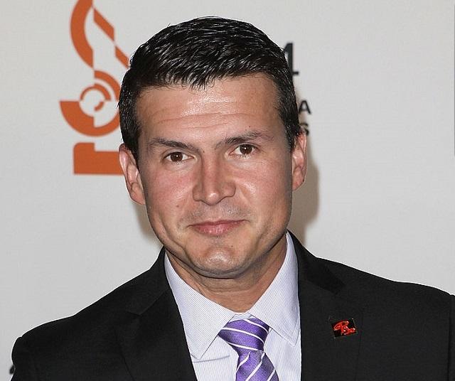 Joel Lizárraga, al igual que su padre, es clarinetista de la Banda El Recodo.