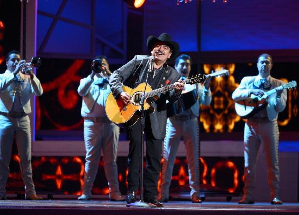Joan Sebastian sigue siendo uno de los cantantes más exitosos de la industria musical de habla hispana.