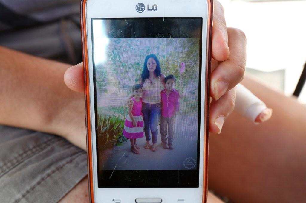Ella estaba en un albergue para mujeres de Tijuana y sus hijos, nacidos en EEUU está‡n con su hermana en un estado del norte del pa's. / Aurelia Ventura