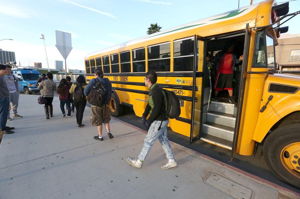 El martes todas las escuelas del LAUSD cerraron sus puertas ante una amenaza falsa.