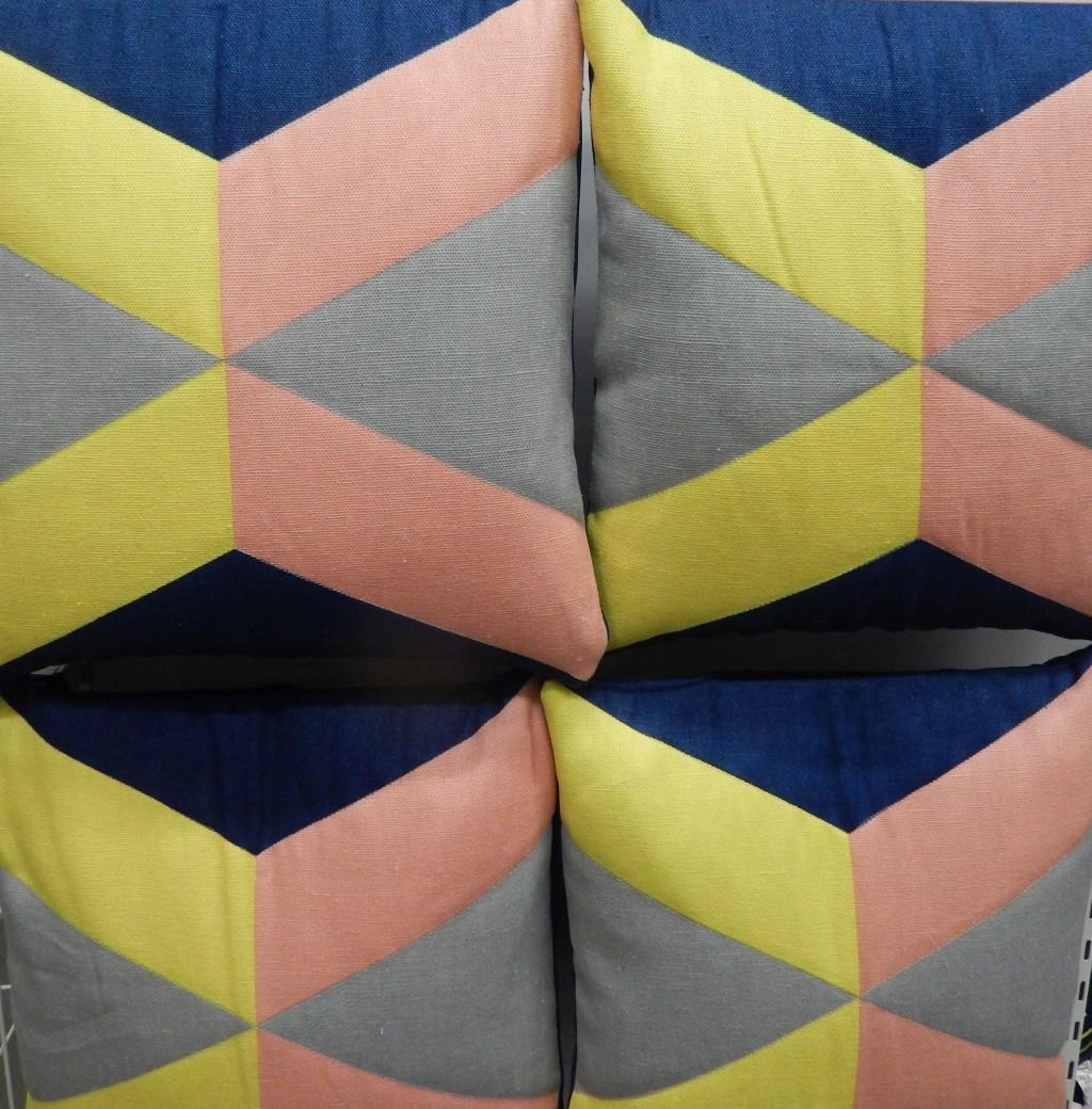 Los de color rosado y azul, combinados con amarillo y gris, marcan el estilo 2016.