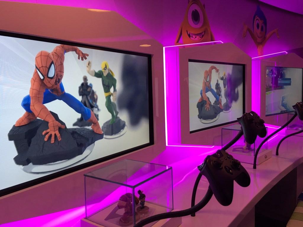 Disney Infinity reúne toda clase de juegos a bordo del Dream, incluyendo de superhéroes de Marvel y 'Star Wars'.