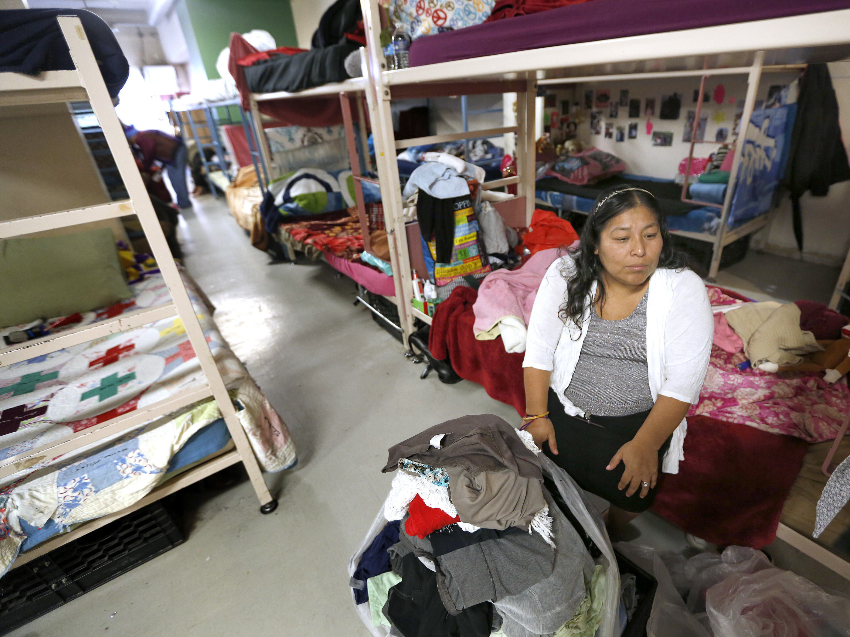 Union Rescue Mission alberga casi al doble de personas sin hogar al día que hace un año, hasta 1,300 (Foto: Aurelia Ventura/La Opinión)