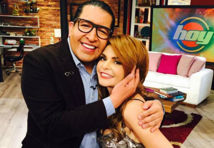 Kaffie y Cantoral se reencontraron el escenario del program de Univision.