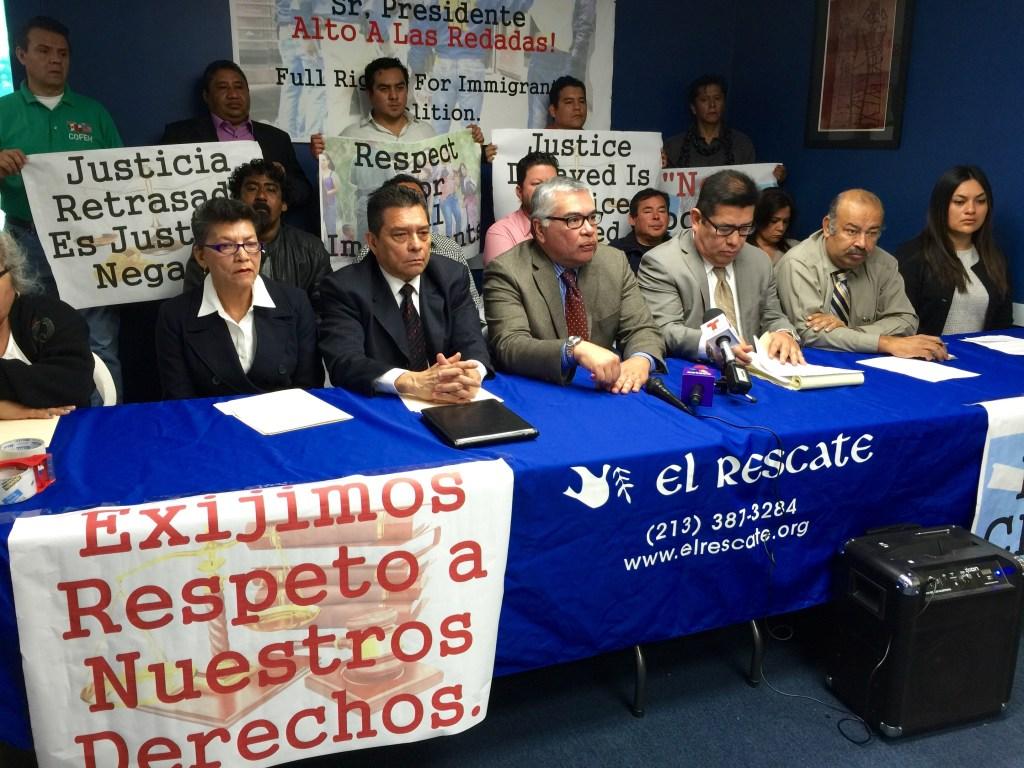 Activistas hacen un llamado de emergencia a la administración del presidente Obama para que detenga las redadas. /Araceli Martinez