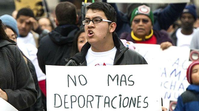 Las manifestaciones en Washington se han multiplicado en la última semana por las denuncias de redadas de migración en casas donde residen centroamericanos. (Getty Images)