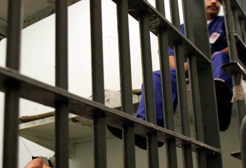 Las irregularidades en el sistema carcelario más grande del país se ventilaron en 2011 por la Unión Americana de Libertades Civiles (ACLU),