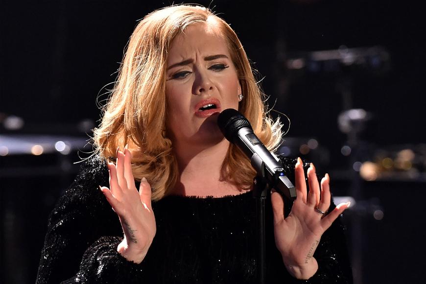 Adele es la última artista en confesar su aversión hacia Donald Trump.