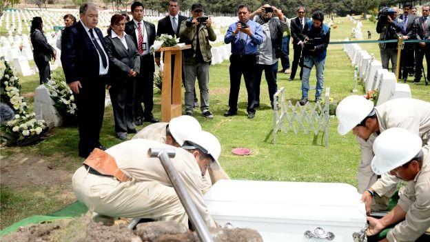 Las autoridades no quisieron enterrar a Ángela en la fosa común, como todos los cadáveres sin identificar.