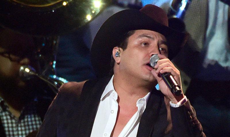 El cantante aseguró que las mujeres que no saben hacer labores domésticas no tienen valor para él.