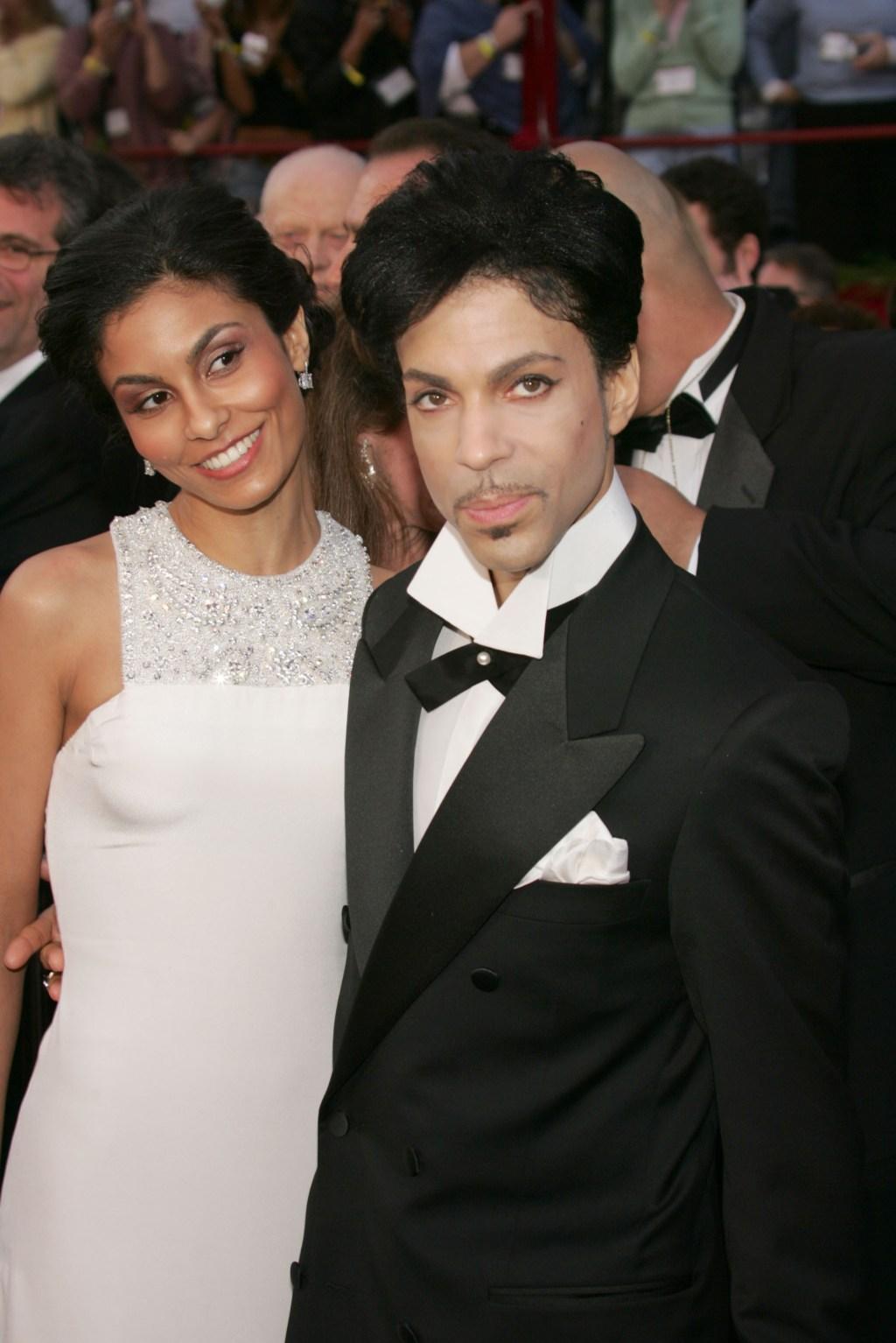 Prince con su segunda esposa, Manuela Testolini.