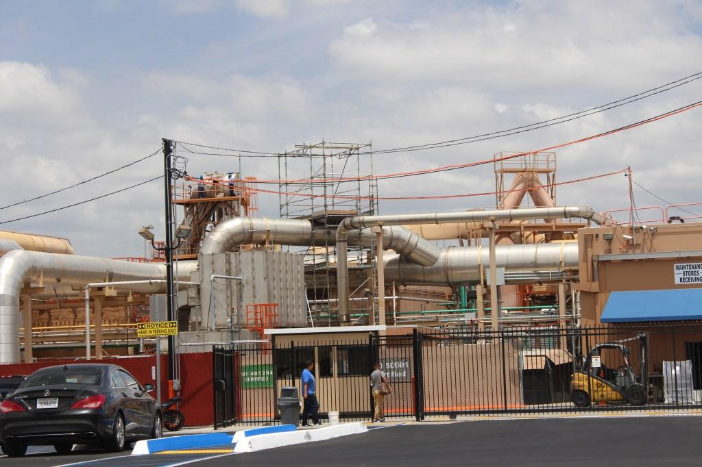 Quemetco Inc., asegura que ha invertido cerca de 50 millones de dólares en instalación y mantenimiento de nuevos equipos de control de la contaminación y controles de seguridad. /Jorge Macias