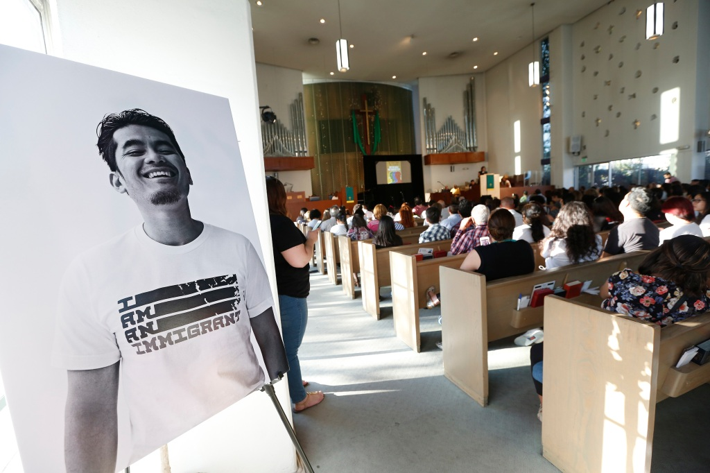 The California Endowment presenó I AM AN IMMIGRANT: THE STORY OF OUR NATION, a live performance to celebrate immigrants and the immigrant heritage of the United States, at the Holman United Methodist Church in Los Angeles. Ê (Photo Aurelia Ventura/ La Opinion)