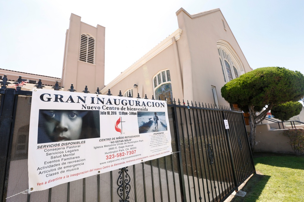 07/08/16/LOS ANGELES/ A coalition of immigrant-rights groups announced the upcoming inauguration of a center for Central American refugee families at the Huntington Park United Methodist Church. (Photo Aurelia Ventura/ La Opinion)