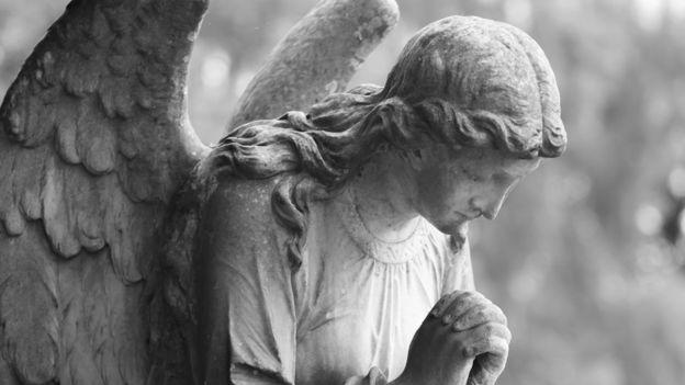Las esculturas y pinturas de ángeles en su mayoría tienen alas, pero la Biblia no los describe a estos seres así. Foto: Getty