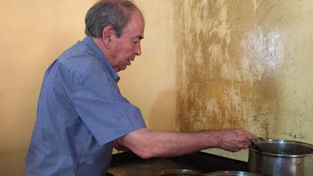 José Cupertino González Murofue presidente municipal dos veces entre fines de los 80 y principios de los 90 y es el cronista oficial del municipio.