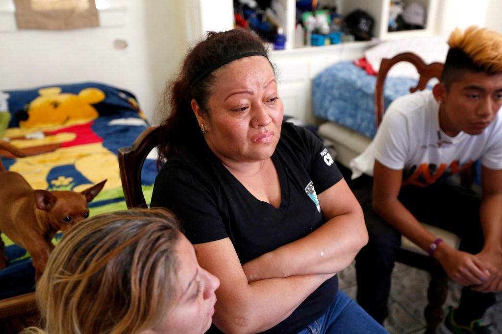 Teresa Dominguez, madre de Jesse James Romero. (Aurelia Ventura/ La Opinion)