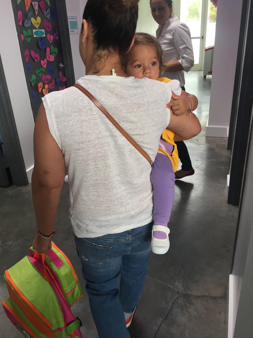 Adamari lleva a Alaïa a la escuela