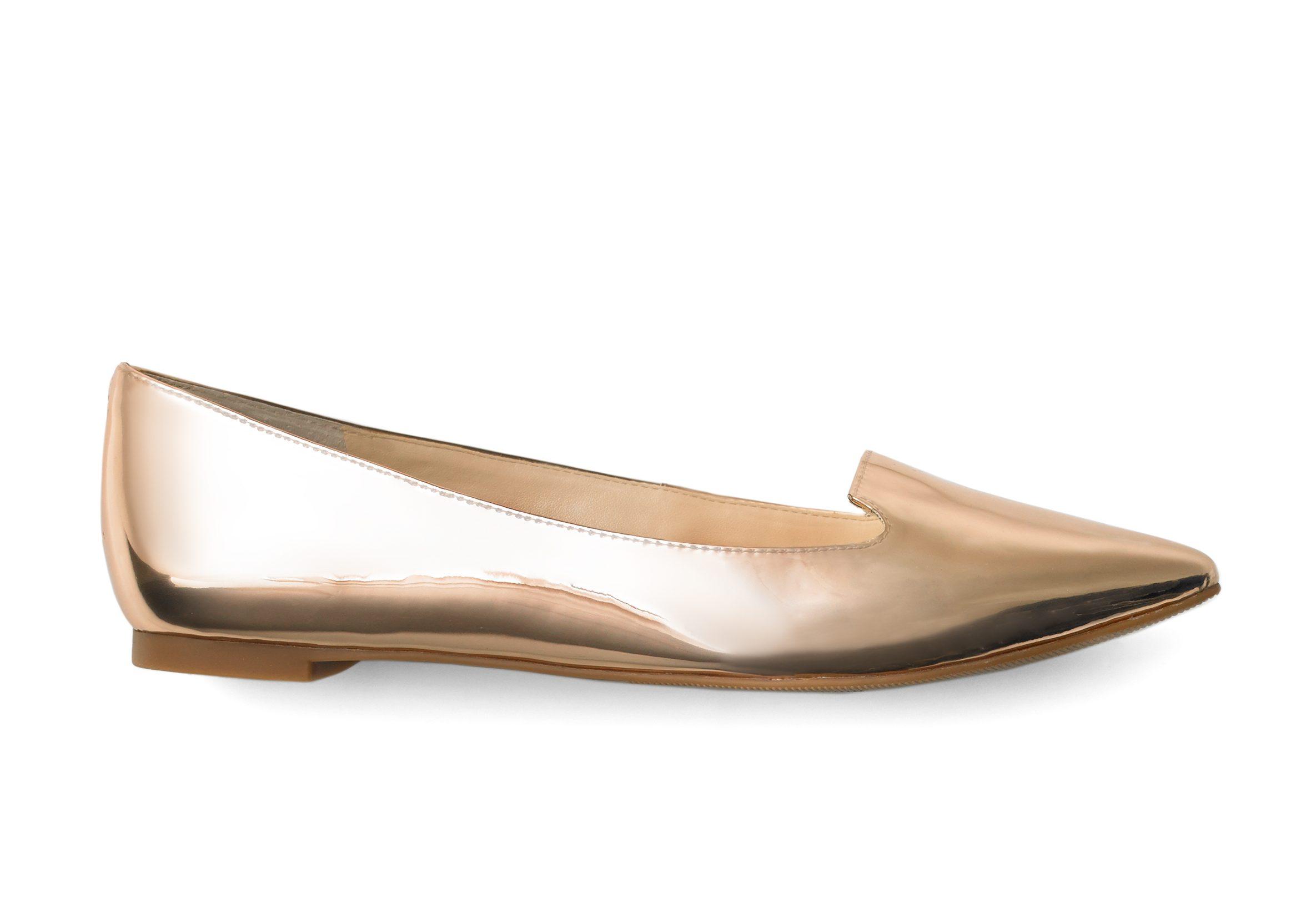 Zapato plano propuesto este año por INC. Costo:$79.50