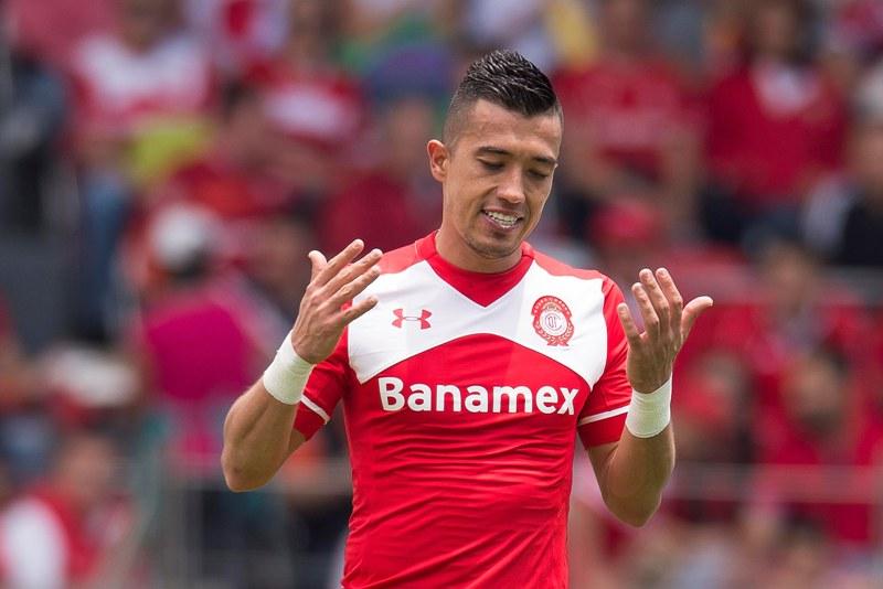 Fernando Uribe ha hecho los goles para el Toluca.