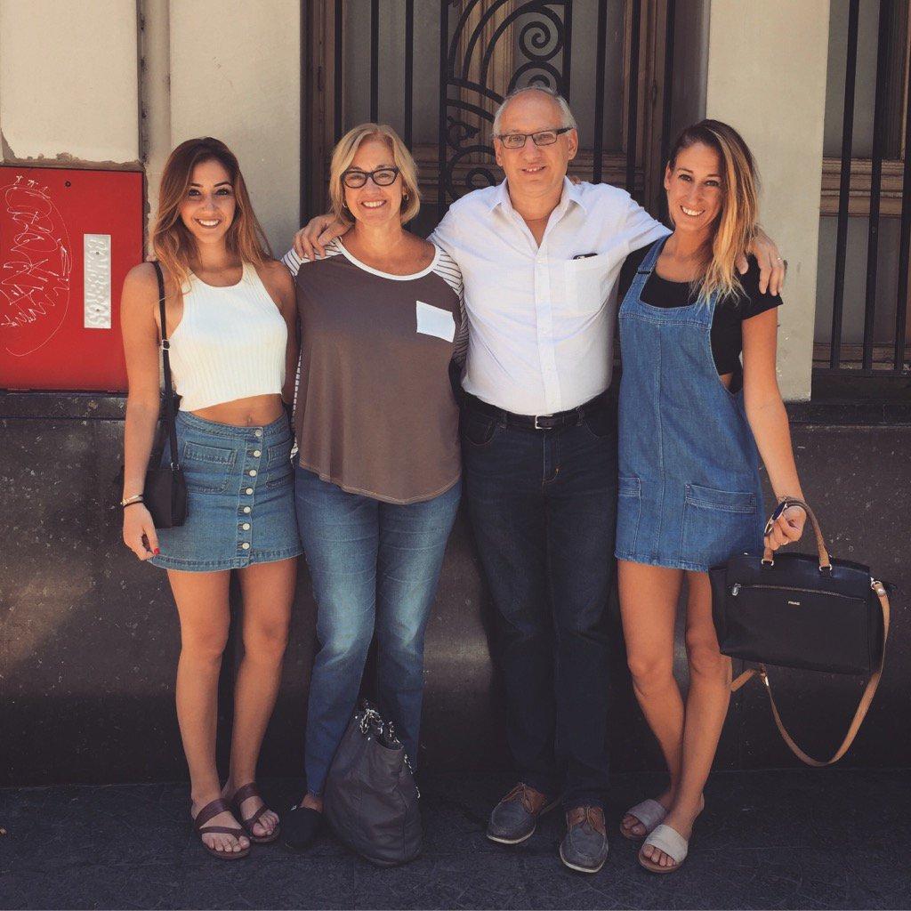 Miguel con su familia (Foto: Miguel San Martín)