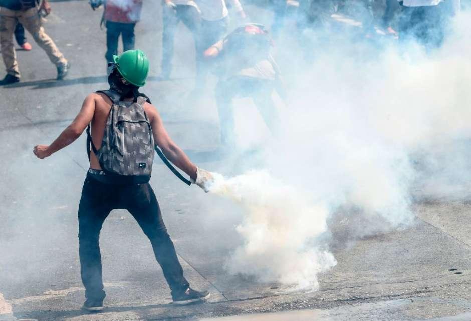 Las protestas y la represión continúan en Venezuela.