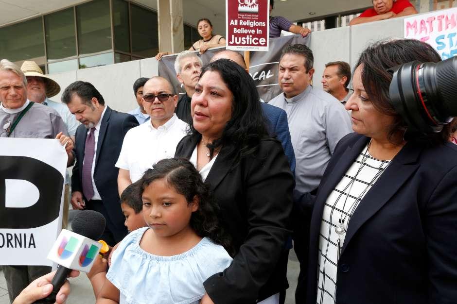 Victoria Carías dice que su esposo es una buena persona y no merece ser deportado. (Aurelia Ventura)