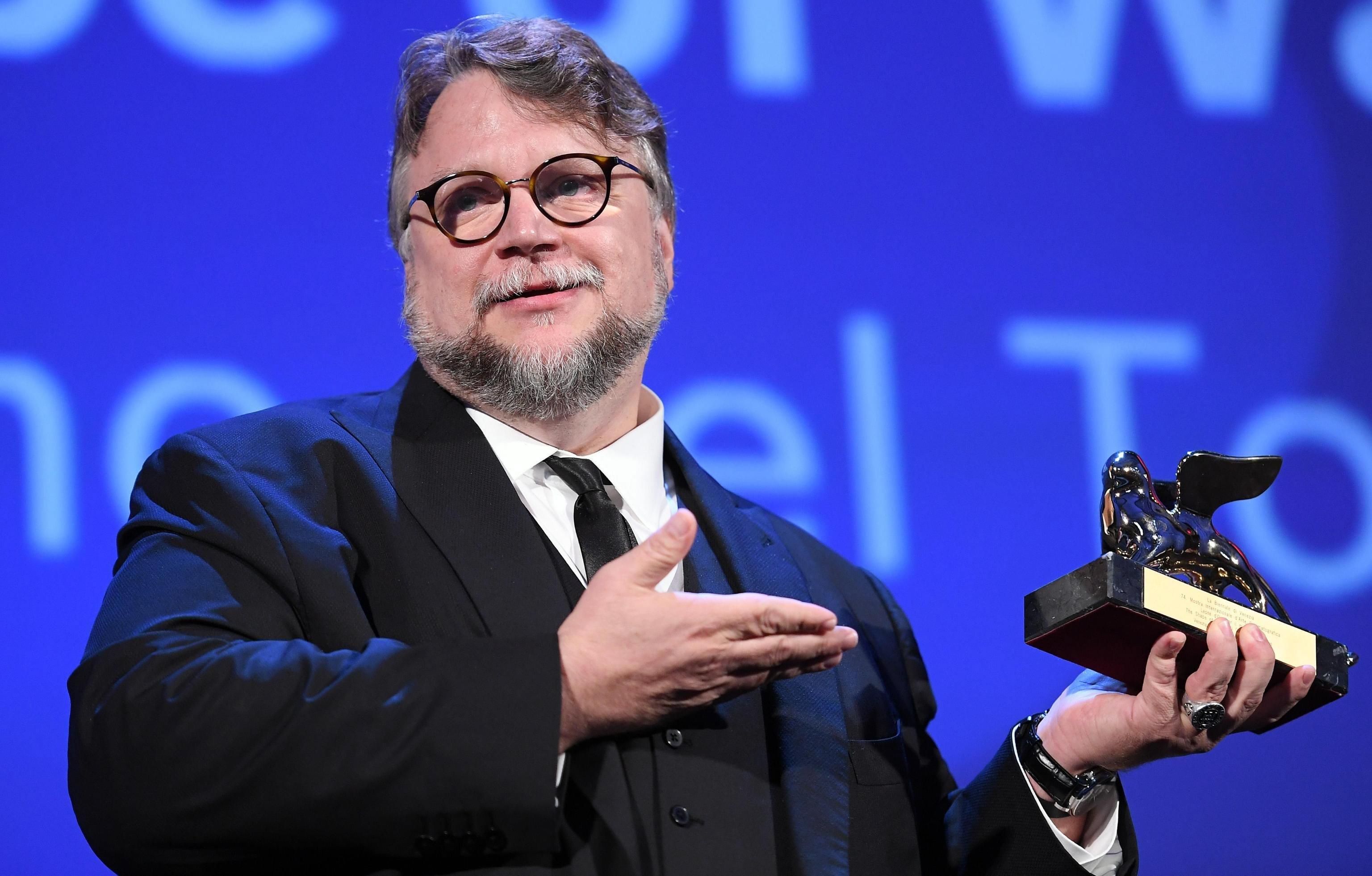 Guillermo Del Toro gana el León de Oro en Venecia.