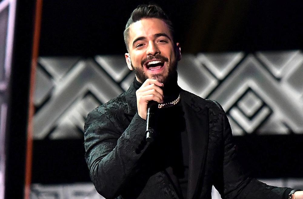 Maluma se presentó en los Latin Grammy 2017