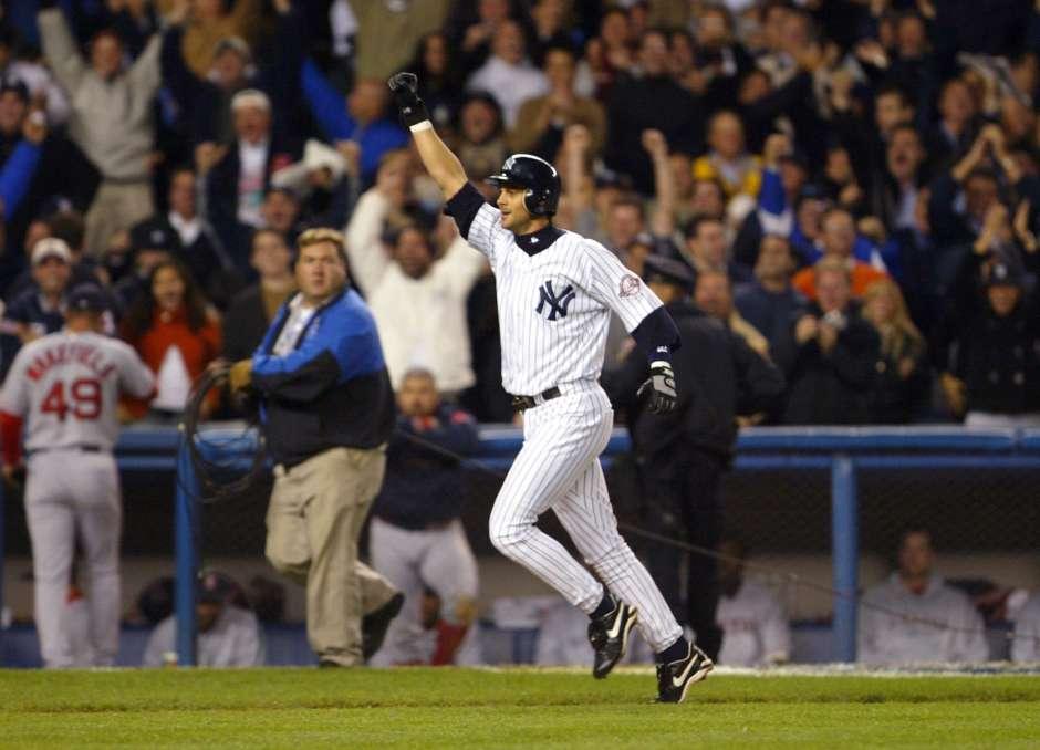 El momento de gloria de Aaron Boone como Yankee: un jonrón suyo contra Boston envió a Nueva York a la Serie Mundial de 2003.