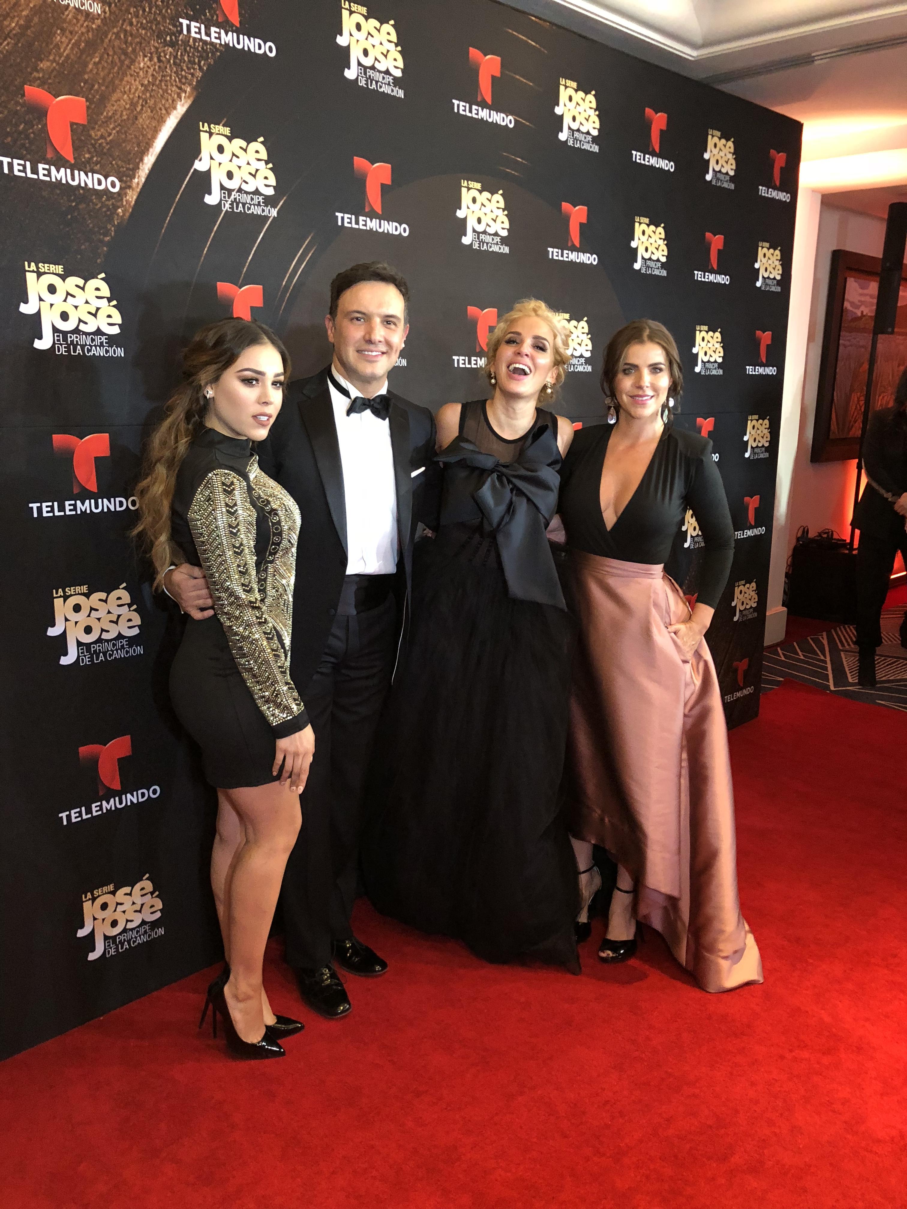 Danna Paola, Alejandro de la Madrid, Maillany Marín y María Fernanda Yepes en presentación de la serie de José José