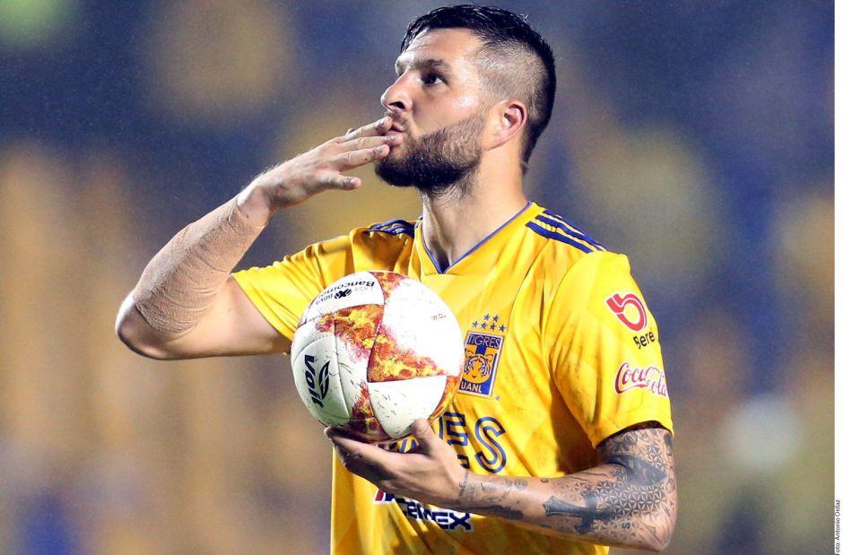 Gignac extendió su contrato hasta 2021, con opción a 2022