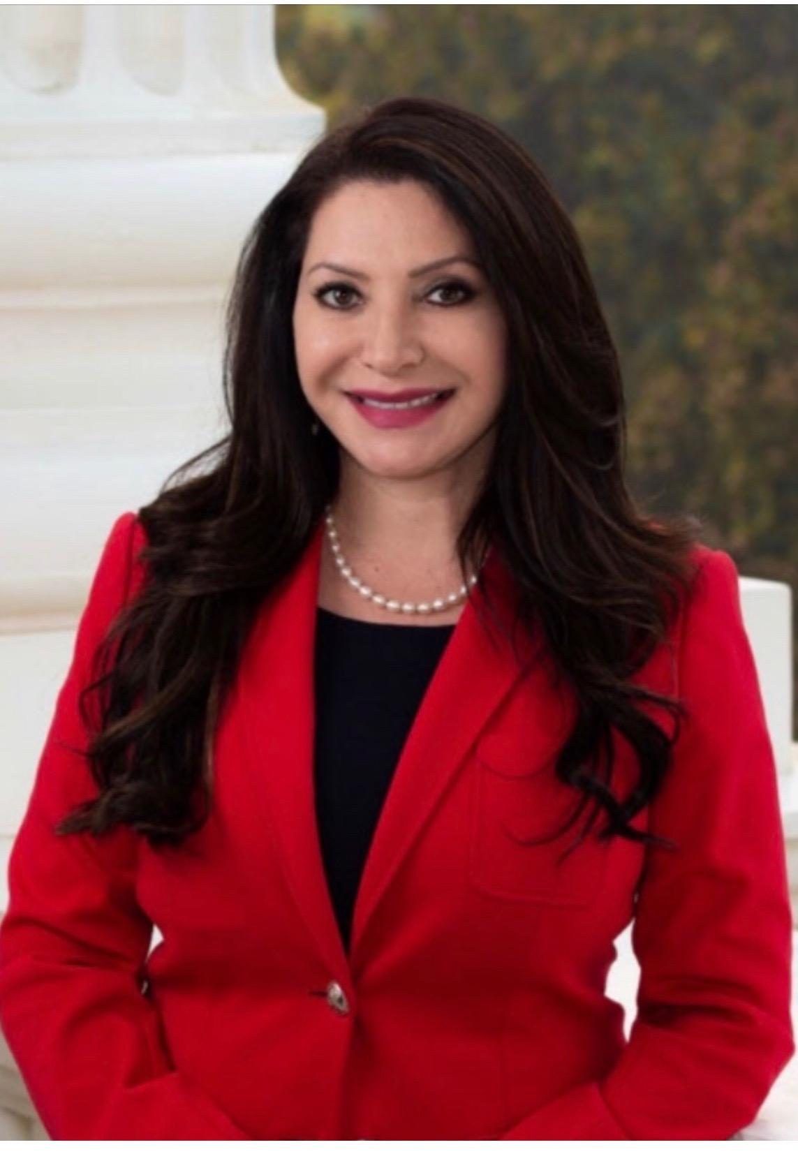 La maestra y concejal de Baldwin Park, Susan Rubio vence a su oponente Mike Eng en la contienda por el Senado. (foto suministrada).