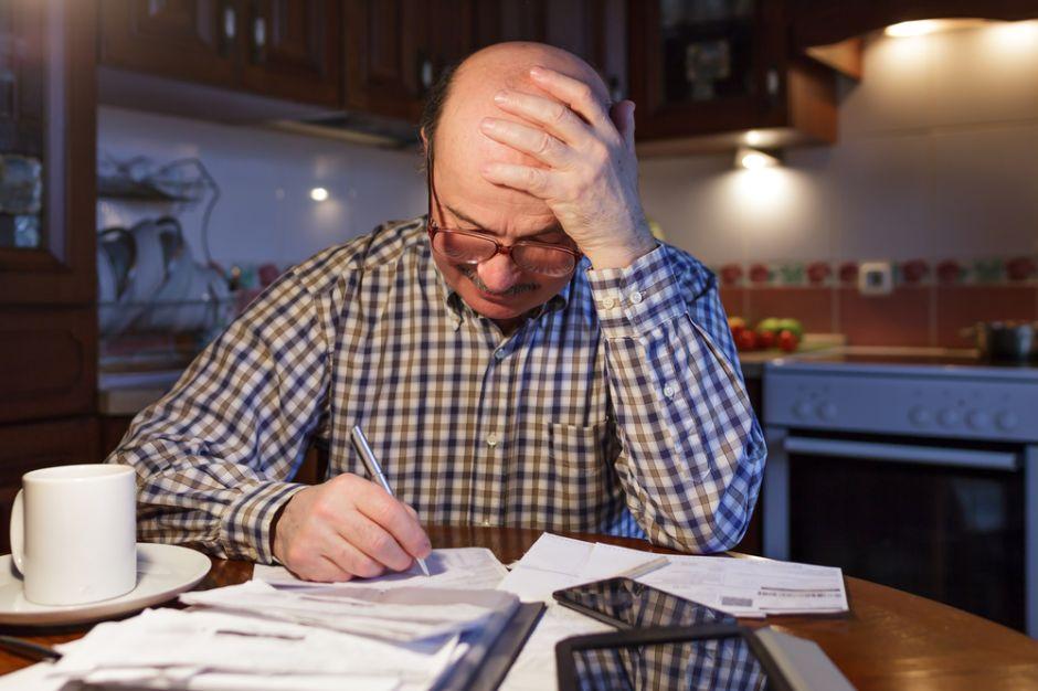 llenarse de deudas