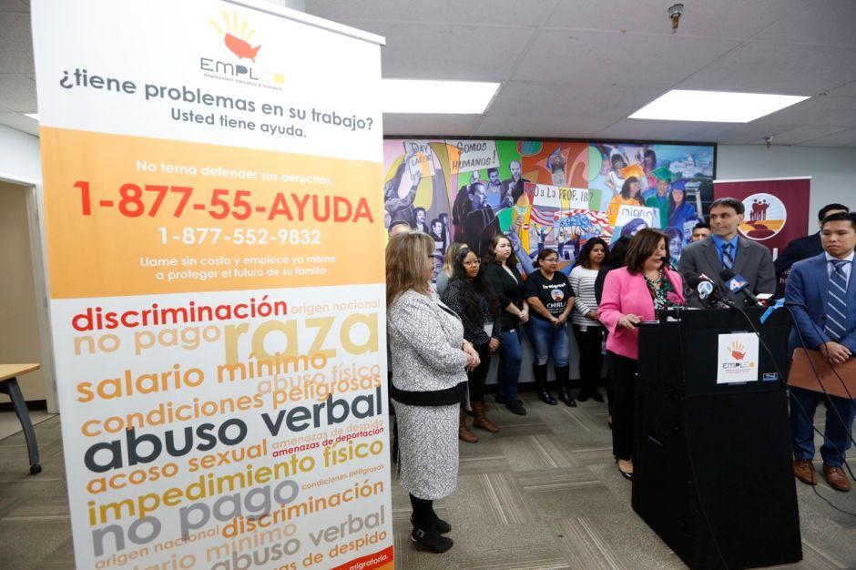 El programa EMPLEO ha ayudado a miles de trabajadores con problemas laborales. (Aurelia Ventura, La Opinión)