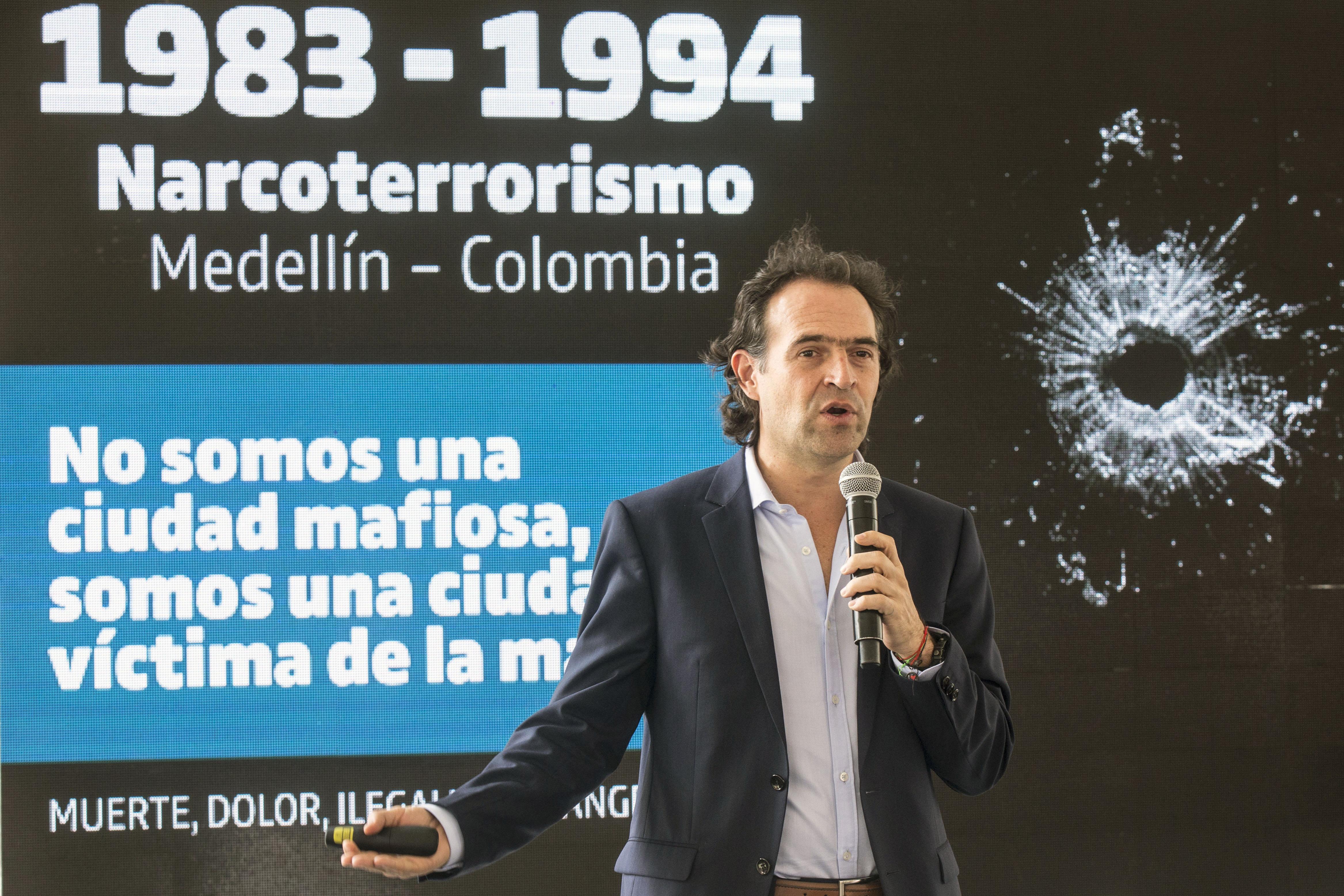 """""""No es borrar la historia, sino volver a ella para contarla desde el lado correcto, desde el lado de las víctimas"""", expresó Federico Gutiérrez, Alcalde de Medellín, sobre la demolición delMónaco."""