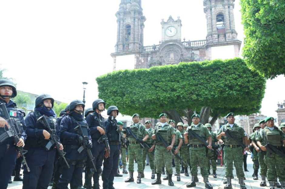 Tanto el gobierno de Michoacán como el federal han hecho publico el aumento de la seguridad en el estado.