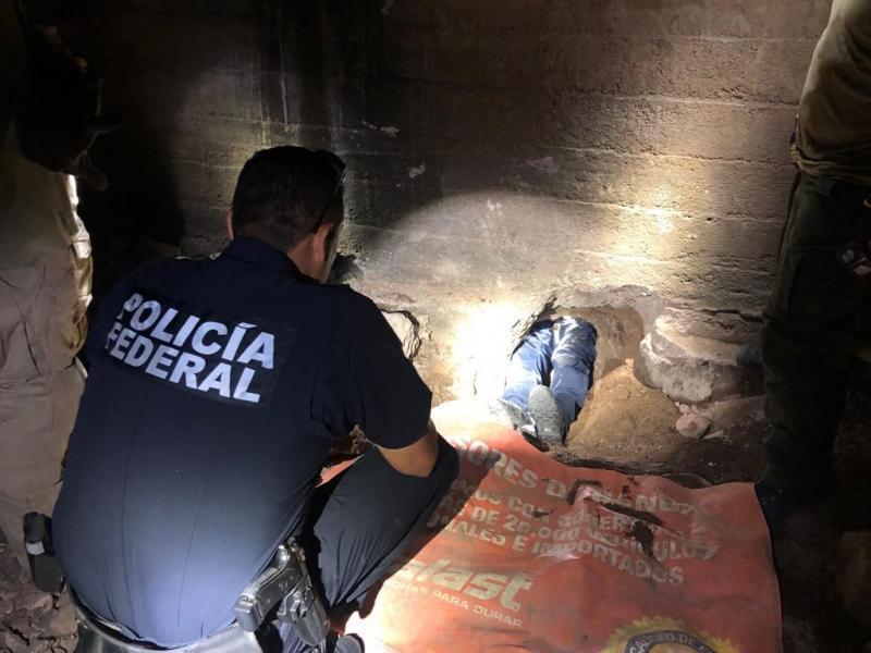 En el túnel encontraron las herramientas con las que estaban cavándolo.