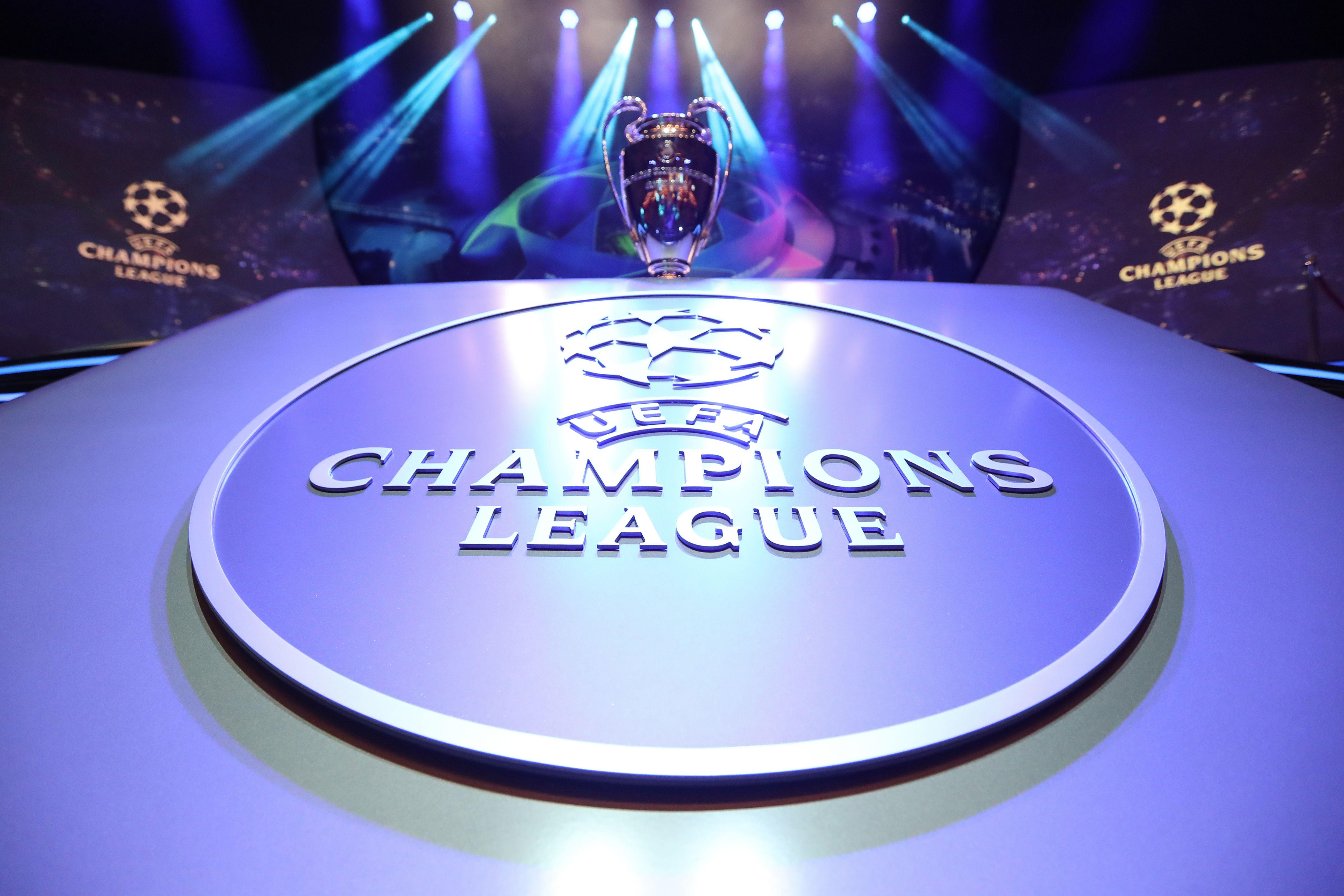 El trofeo de la UEFA Champions League espera un nuevo propietario.