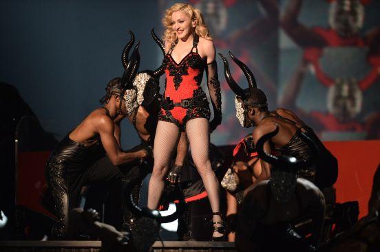 Dennis Rodman declaró que Madonna le ofreció una exorbitante cantidad por dejarla embarazada.