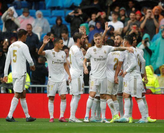 El Real Madrid sufrió, pero se llevó una victoria del Santiago Bernabéu