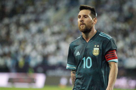 Lionel Messi en el juego efectuado en Arabia Saudita.